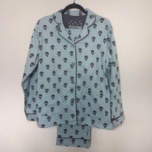 PJ Salvage Skull Print 2 Piece Flannel Pajama SM